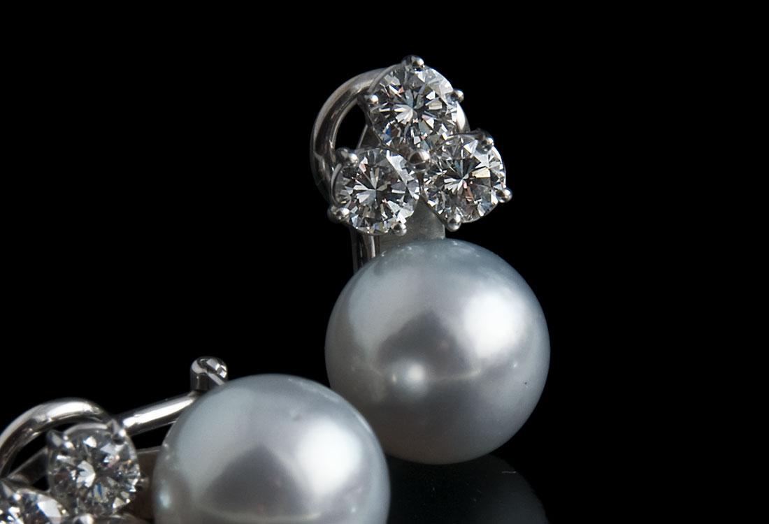 Perle australiane di 23,04 carati del diametro di 12 mm