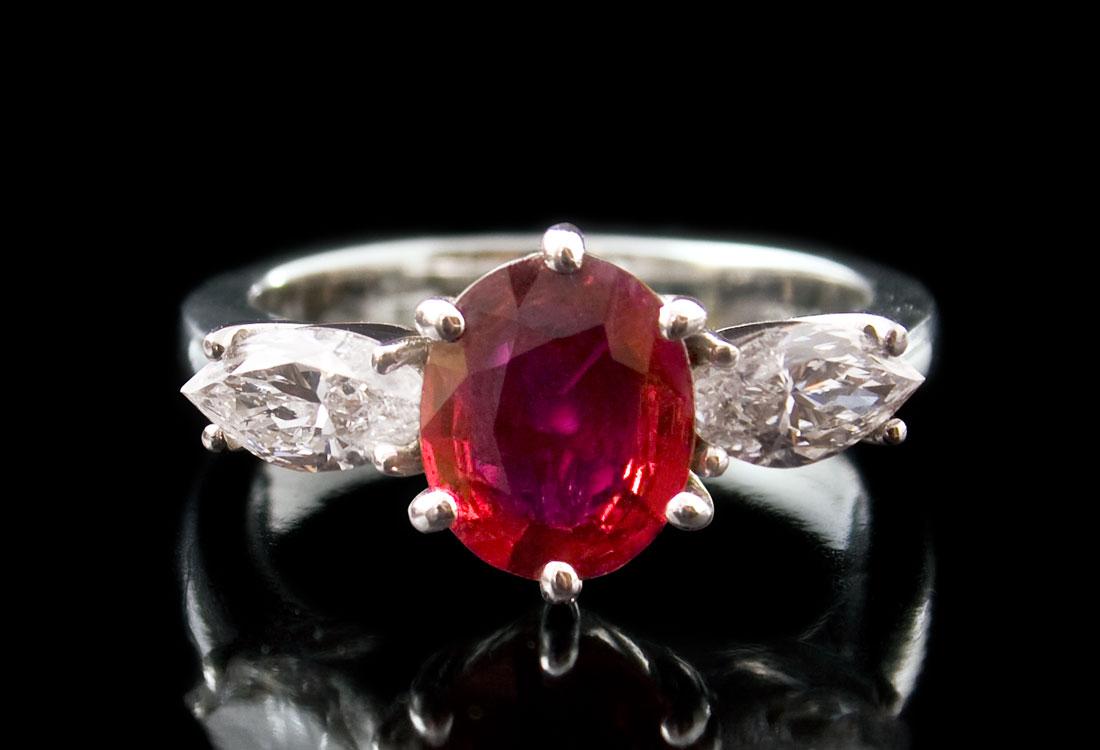 anello-con-rubino-01