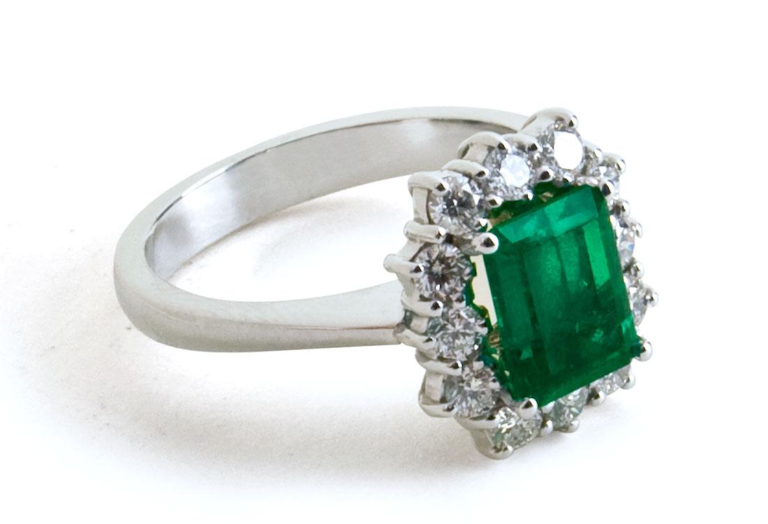 anello-con-smeraldo-03