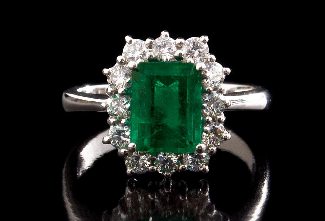 anello-con-smeraldo-04