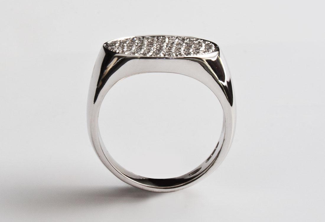 Scudo-con-diamanti-02