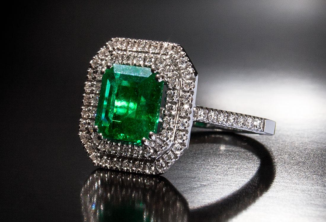 anello-smeraldo-quadro-04