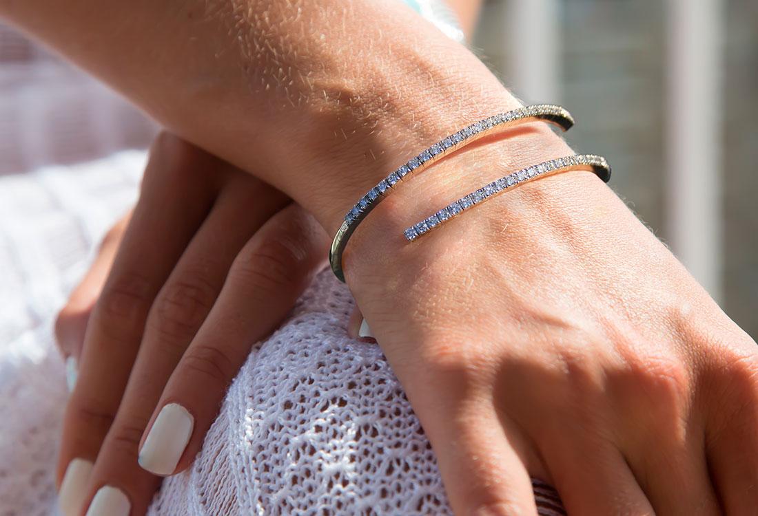 bracciale-rigido-diamanti-04