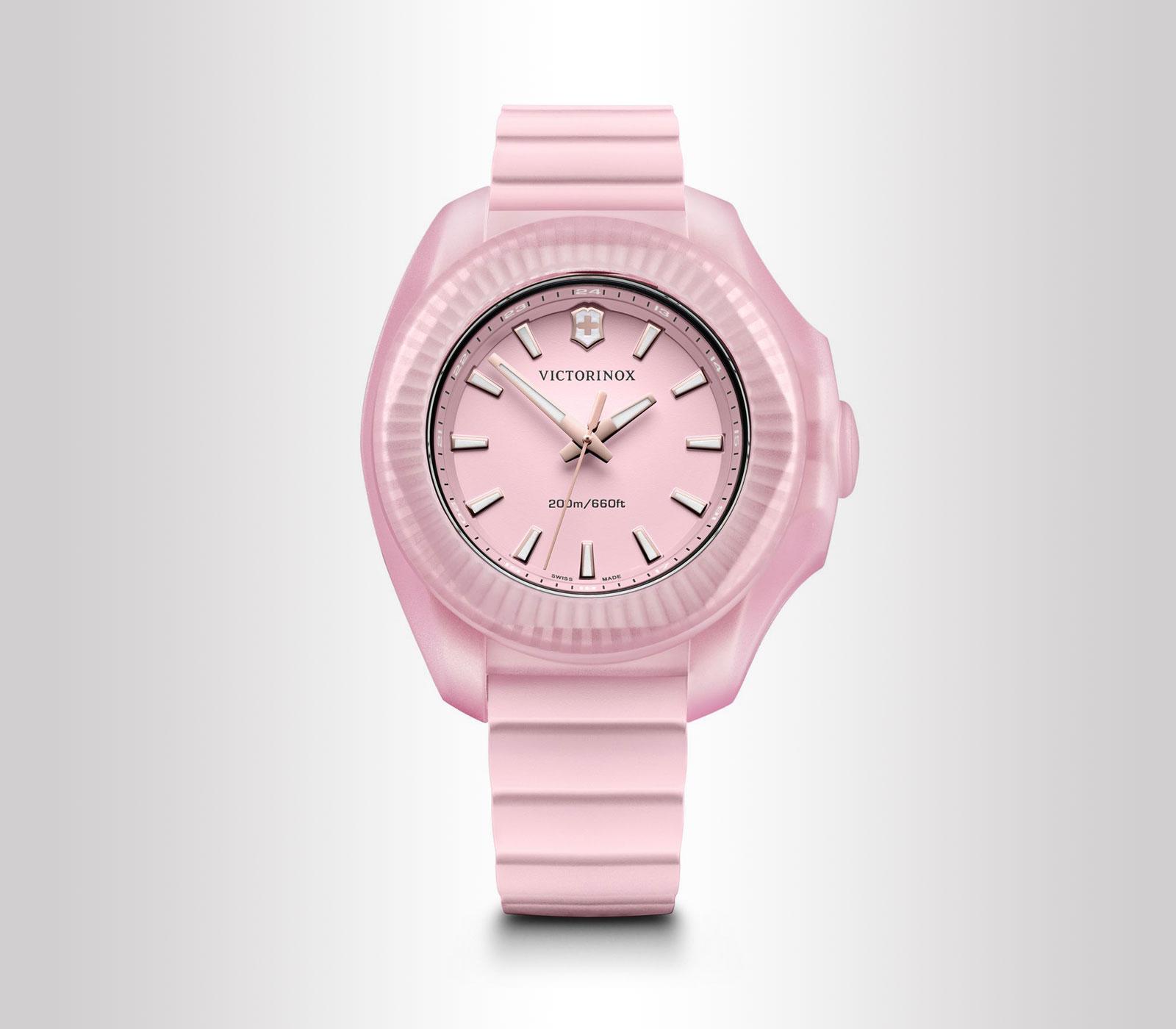 Forza e femminilità sono le caratteristiche che questo orologio riflette