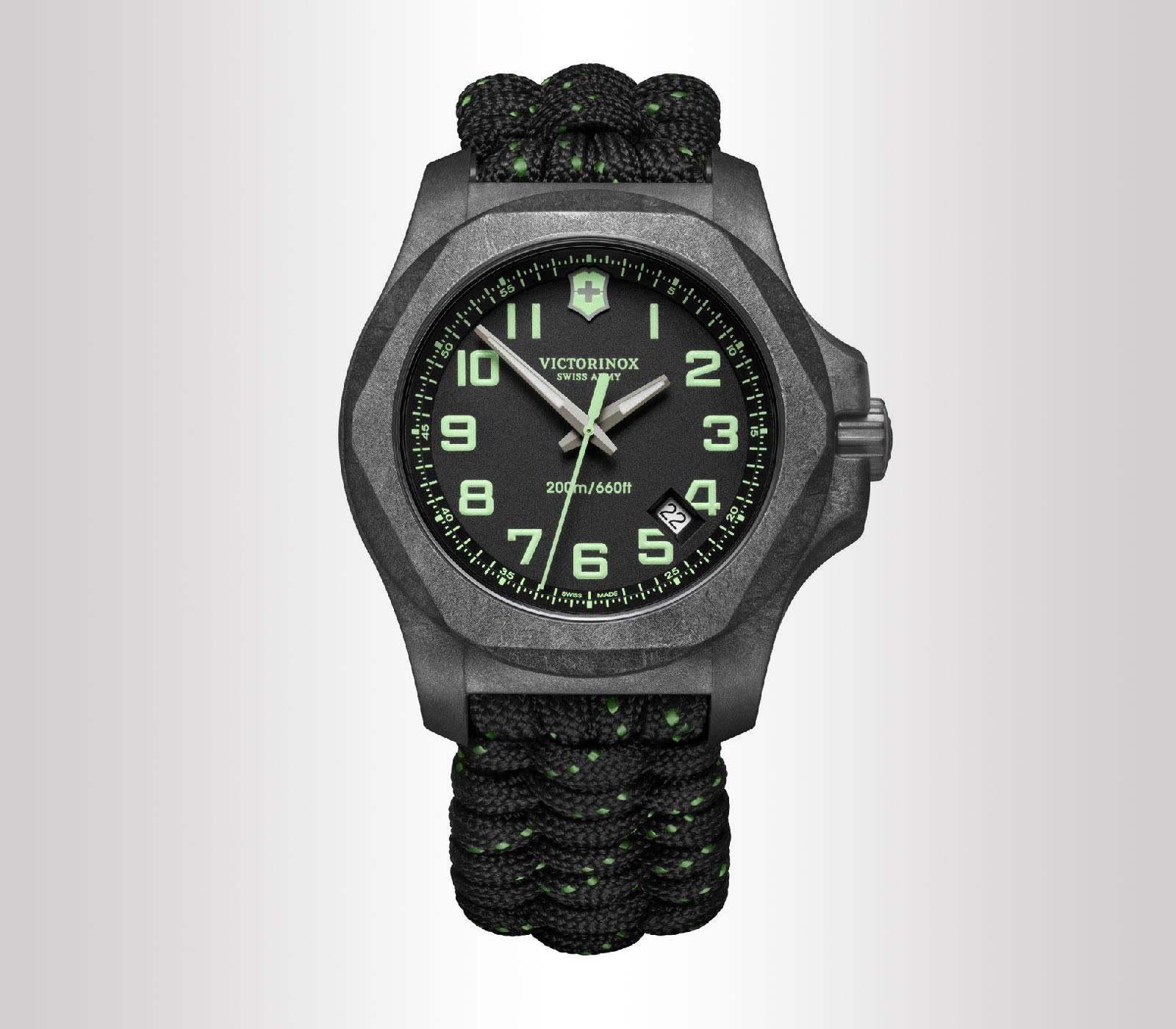 Orologio da uomo I.N.O.X. Carbon Nero con cinturino in paracord, finiture verdi