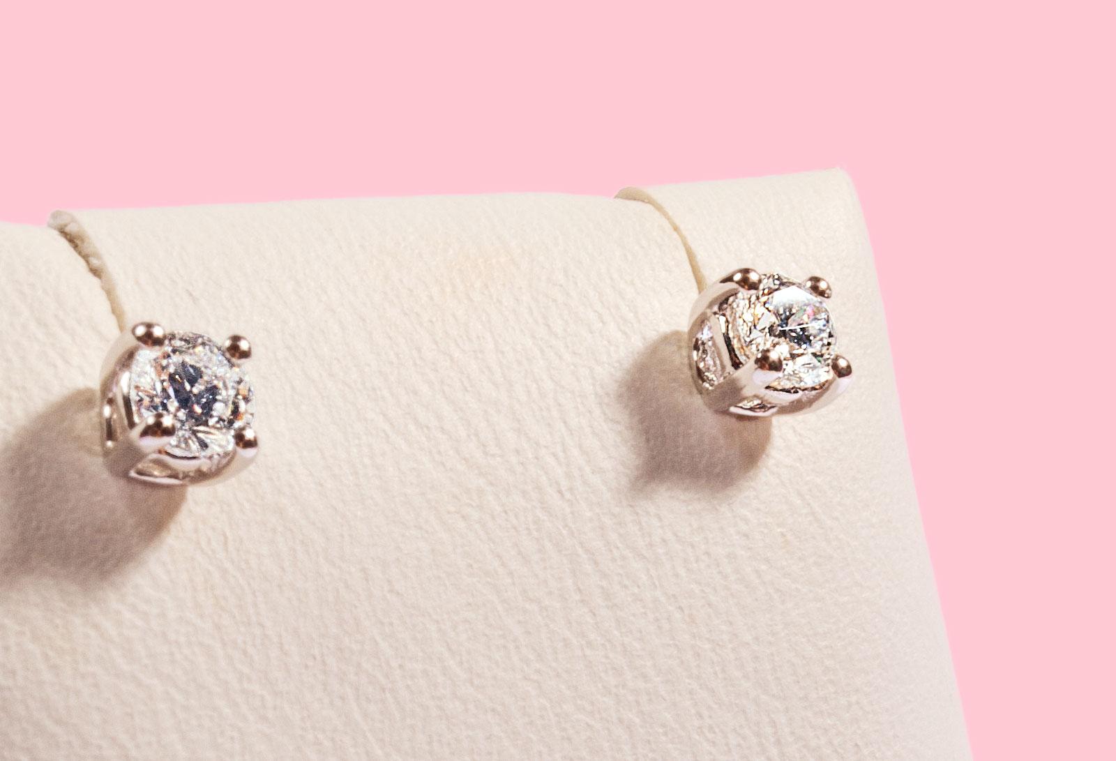 bombonato-gioielli-orecchi-con-diamante-giovane-01
