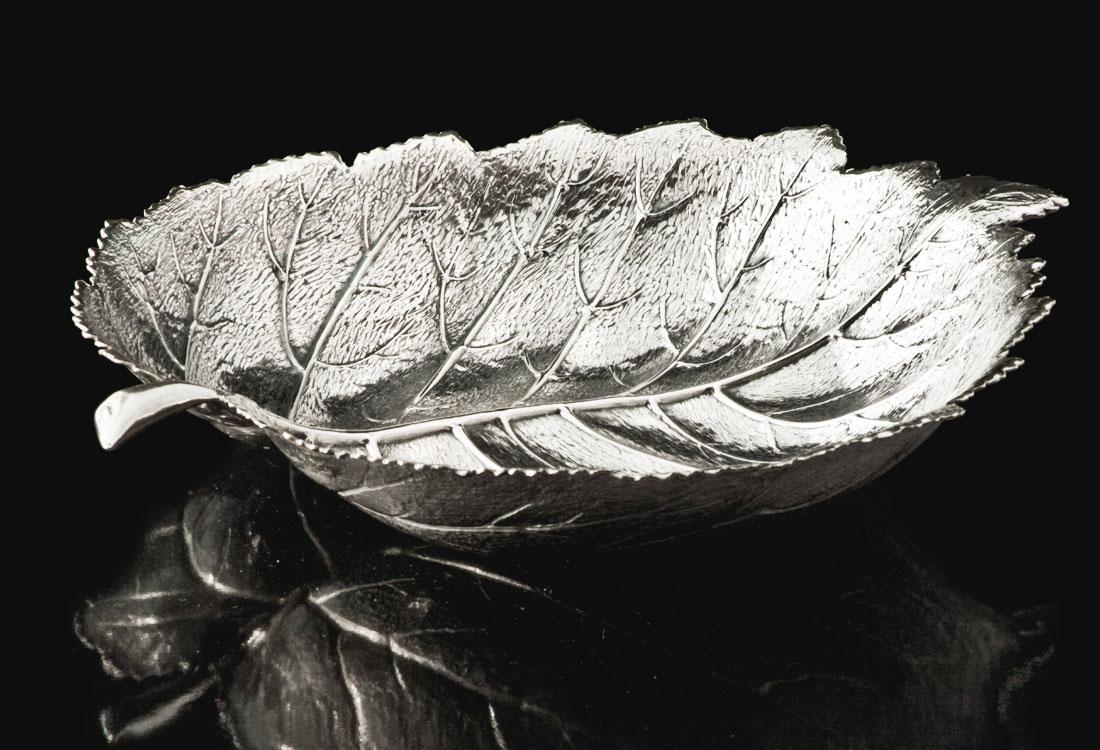 Bombonato-argenteria-foglie-quercia-in-argento-buccellati-01