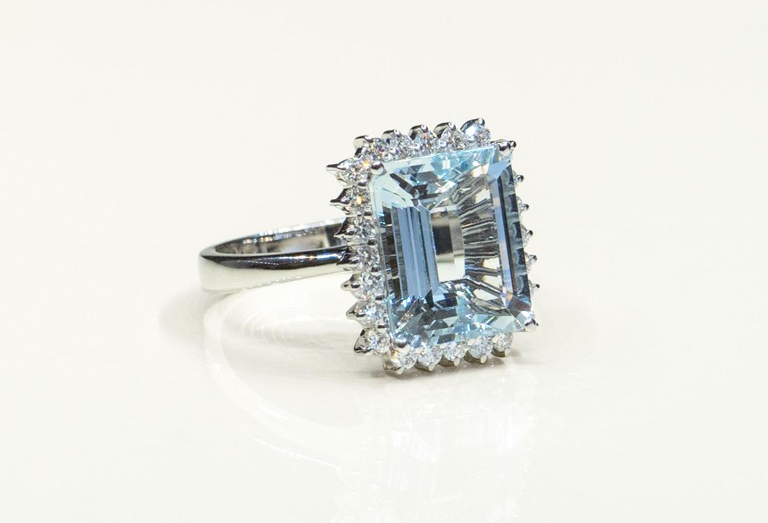 Bombonato anello acquamarina taglio smeraldo 04